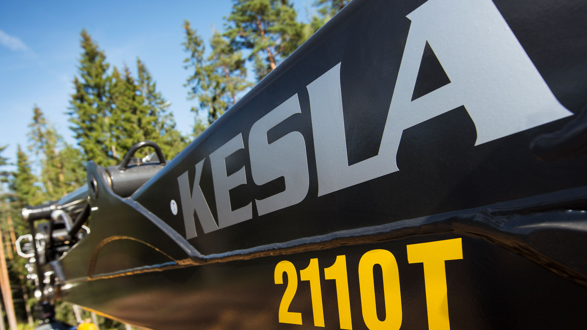 Kesla Slider 1 web